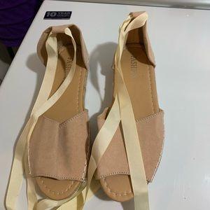 Tie around sandals beige color new